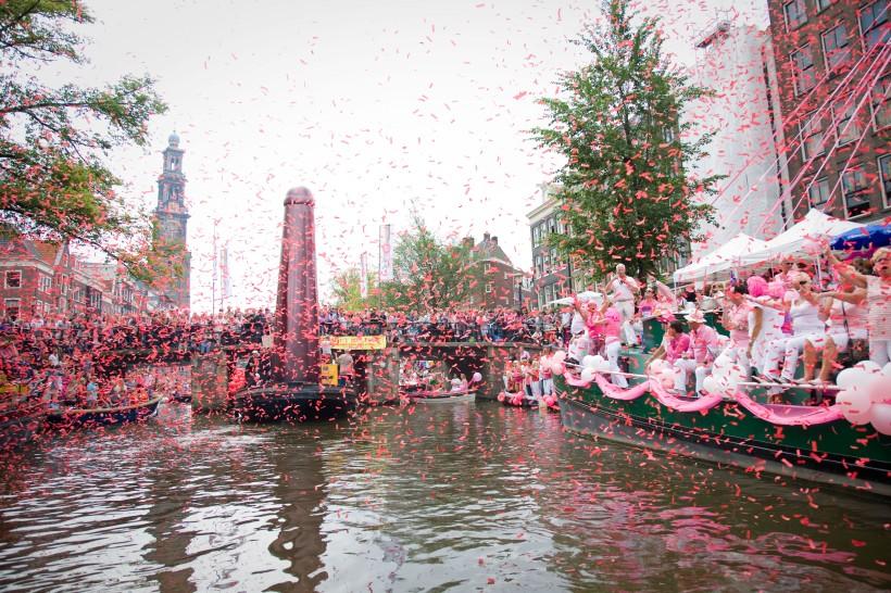 06Aug2011: Amsterdam Gay Pride 2011; Amsterdam Gay Canal Parade;