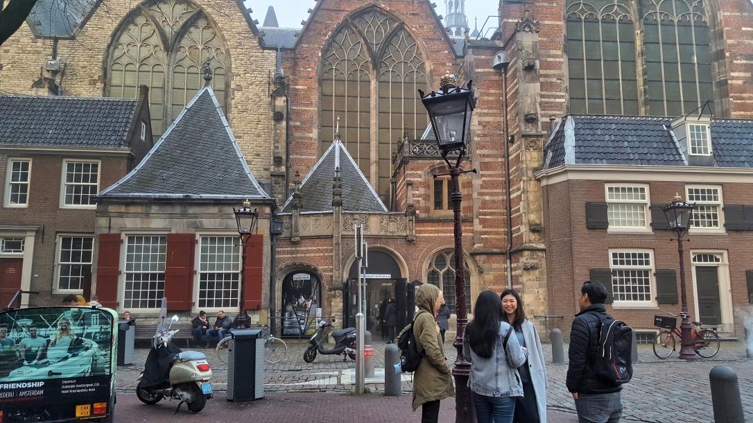 oude kerk1.jpg