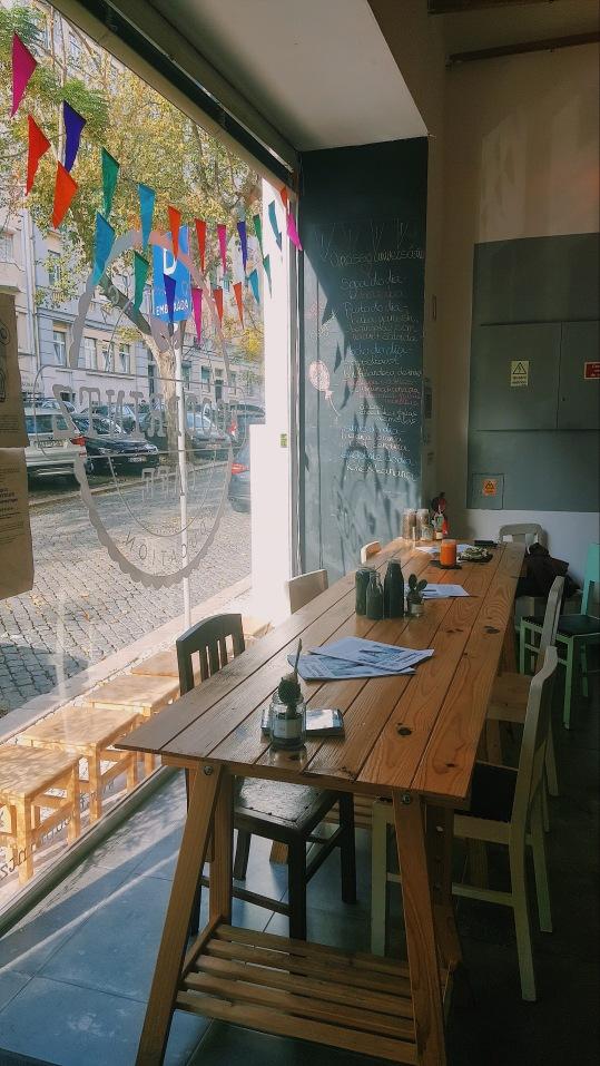 Footprintz café